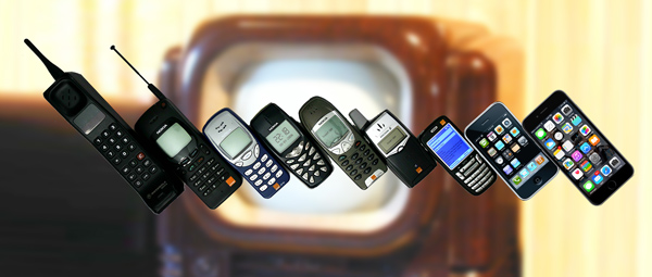 Photo of various mobile phones through time