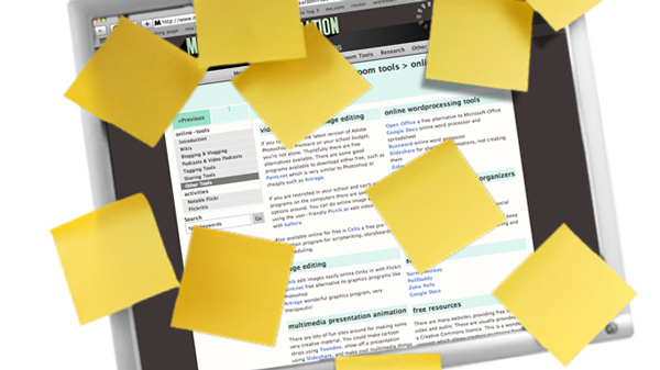 Image of post-it notes on a computer monitor